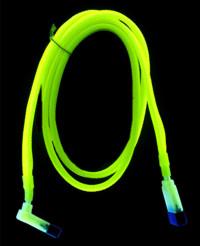 Revoltec SATA кабель  желто зеленый  светится в у ф   разъем 90град  длина 50см