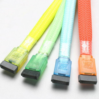Флуоресцентный SATA кабель от Vizo  синего цвета