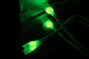 Кабель  Vizo USB 2 0 LED UV   зеленый с подсветкой  длина 2 м   A B