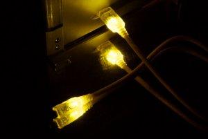 Кабель  Vizo USB 2 0 LED UV   желтый с подсветкой  длина 2 м   A B