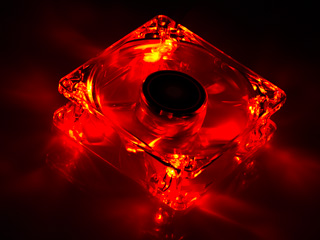 Вентилятор с подсветкой красной 80 мм XILENCE COO XPF80 TR прозрач