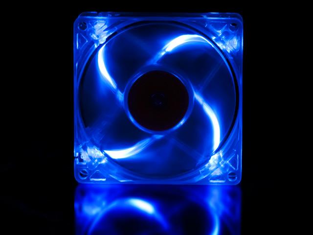 Флуоресцентный вентилятор 80 мм синий с УФ светодиодами