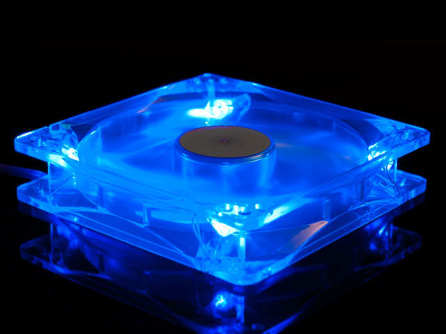 Вентилятор с подсветкой синей 140мм UV Blue Yate Loon D14SL 12 79014 UV