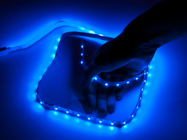 Светодиодная лента для компьютера с синими SMD 1метр Vizo LED BL 1000