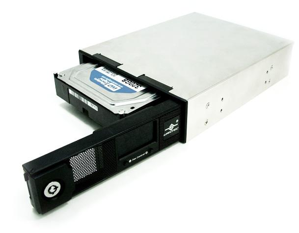Моддерский Mobile rack Vantec EZ Swap4 MRK 401ST BK  SATA  LCD дисплей  черный