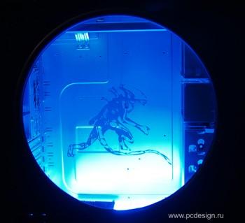 Наклейка гравировочная на окно   Alien I   цвет серебристый металик