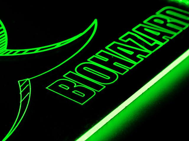 Окно для корпуса с гравировкой и подсветкой Biohazard зелен  BZ 20 green 280x280