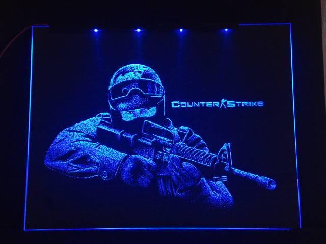 Окно ручной работы  с гравировкой и подстветкой   Counter Strike синий
