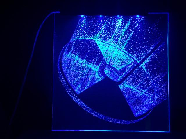 Окно ручной работы  с гравировкой и подстветкой  Радиация 3d синяя