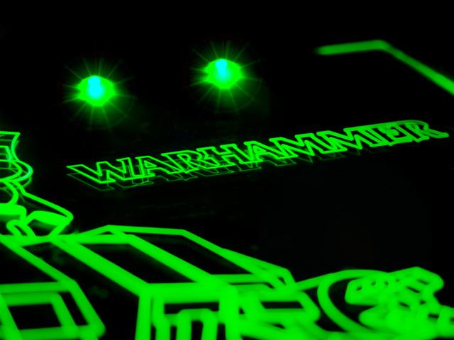 Окно для корпуса с гравировкой и подсветкой   Warhammer зеленый WM 10 green