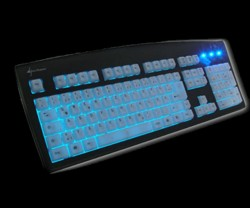 Комплект из клавиатуры  мышки и коврика производства Sharkoon