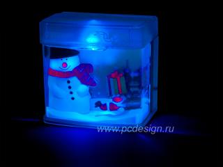 USB аквариум со снеговиком и плавающим дедом морозом с подсветкой AQ1001S